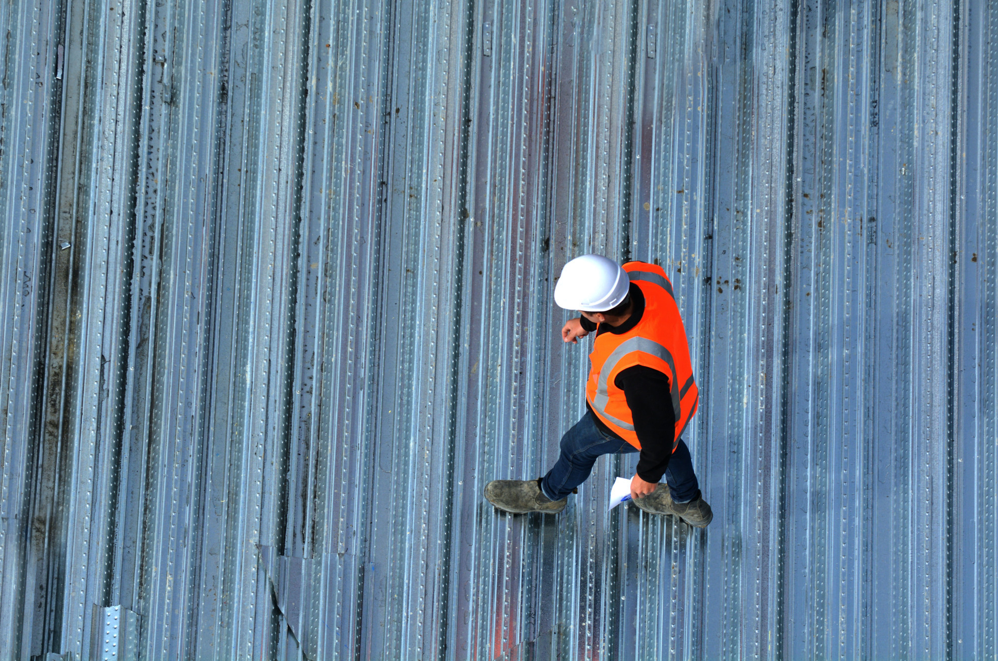 How to Choose the Best Commercial Roofing Company